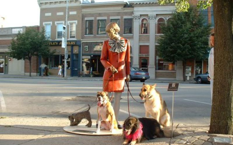 Schwartz, Coco & Sassy with Dog Walker Sculpture